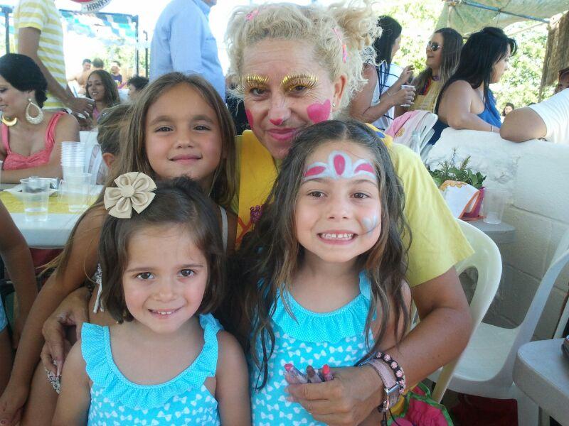 Yupita y los niños