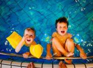 niños_piscina