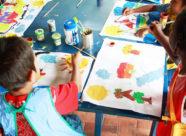 niños creando